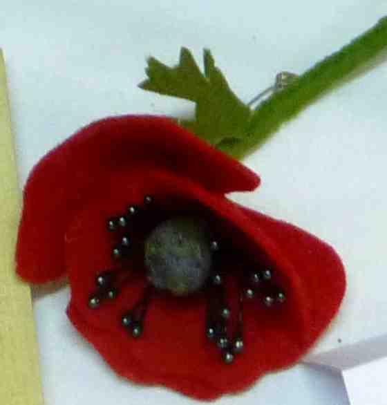 Atelier 18 - Fleurs en feutrine